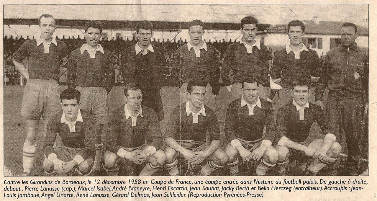http://bleuetspau.free.fr/photos/histoire/1958_seniorsA_312.jpg
