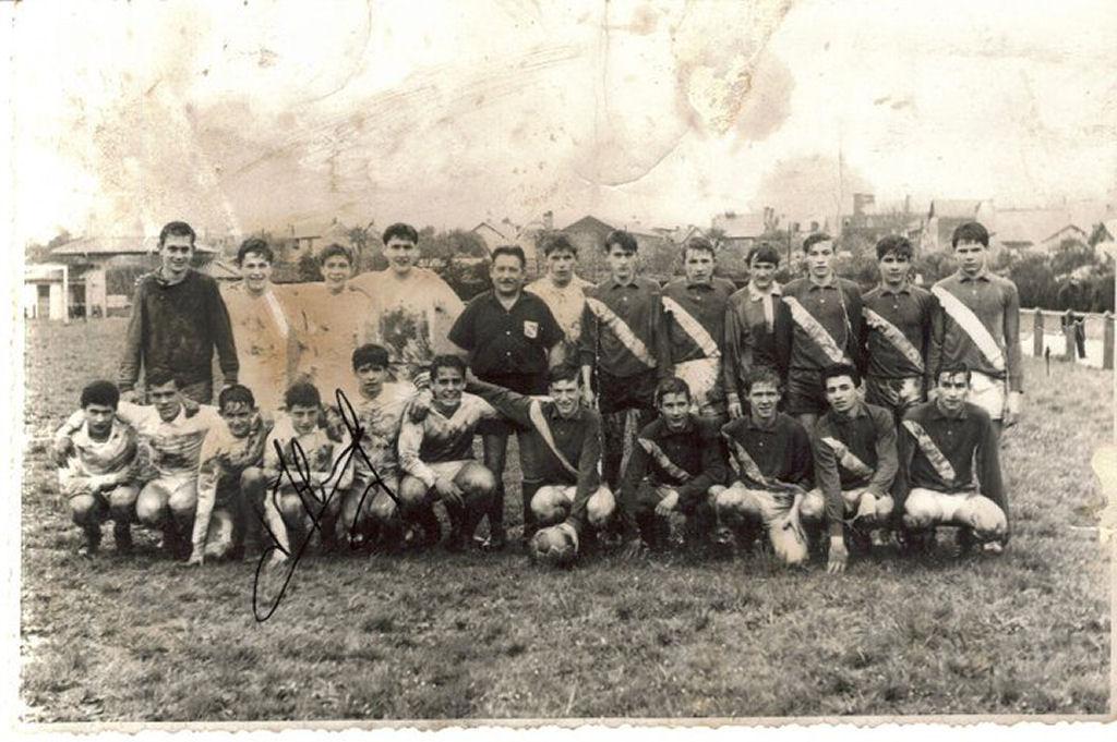 http://bleuetspau.free.fr/photos/histoire/1962_cadets_329.jpg