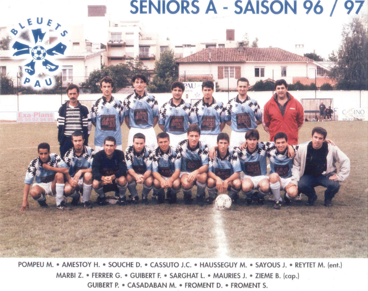 http://bleuetspau.free.fr/photos/histoire/1997_seniors_358.jpg